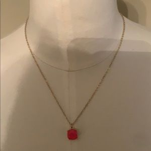 Women's necklace with pink stone